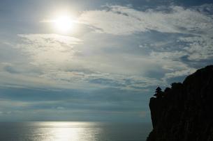 バリ島ウルワトゥ海岸の写真素材 [FYI00566988]