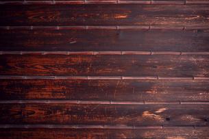 ビンテージ風な木肌の組板|素材写真の写真素材 [FYI00580484]