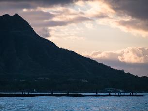 ハワイ ホノルル ダイヤモンドヘッドの写真素材 [FYI00580504]