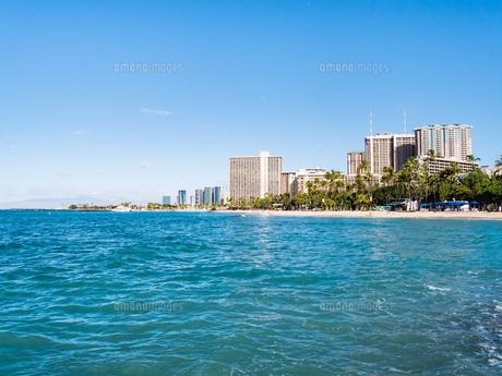 ハワイ オアフ島 ホノルル ワイキキ ビーチの写真素材 [FYI00580505]