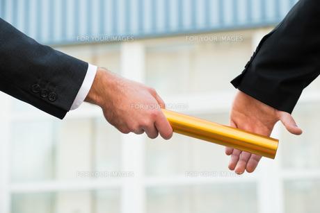 business dealingsの写真素材 [FYI00586445]