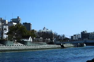新町川と徳島水際公園の写真素材 [FYI00587286]