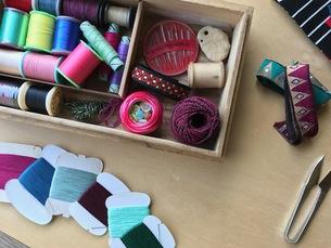 裁縫道具 針・糸・リボン の写真素材 [FYI00602800]