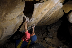 アメリカを登る男の写真素材 [FYI00603964]