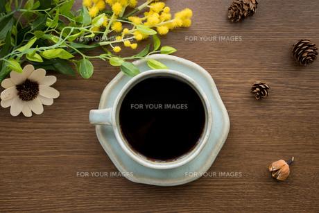 コーヒータイム 真上の写真素材 [FYI00618559]