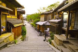 京都 三年坂の町並みの写真素材 [FYI00619021]