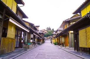 京都 八坂通の町並みの写真素材 [FYI00619025]