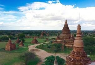 仏教の聖地ミャンマーのバガンの写真素材 [FYI00619388]