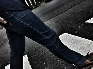 a men leg warkingの写真素材 [FYI00622888]