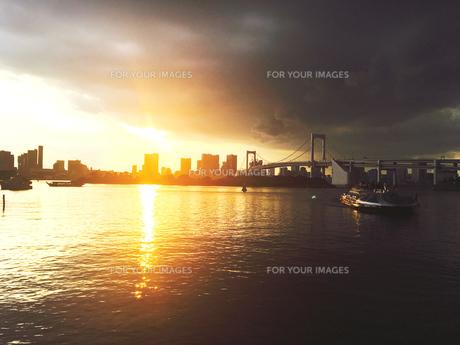 夕日の写真素材 [FYI00623003]