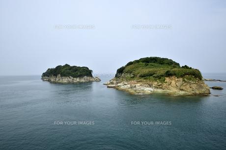番所庭園の上からみた海の景色の写真素材 [FYI00625297]