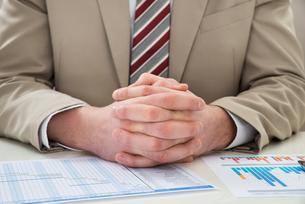 Businessman With Gantt Chartの写真素材 [FYI00633995]