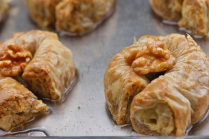 Turkish pastry kadaifの写真素材 [FYI00634618]