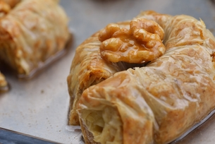 Turkish pastry kadaifの写真素材 [FYI00634619]