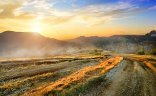 Mountain roadの素材 [FYI00635432]