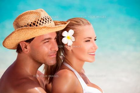 Young couple portraitの素材 [FYI00635575]