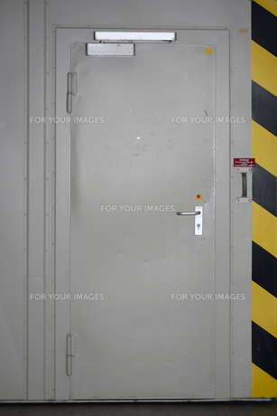 security doorの写真素材 [FYI00635997]