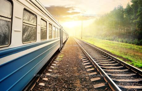 Moving trainの写真素材 [FYI00636293]