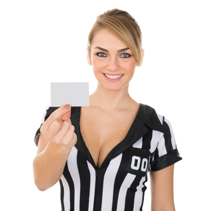 Female Referee Showing Cardの素材 [FYI00636783]