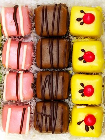 Small cakesの素材 [FYI00637045]