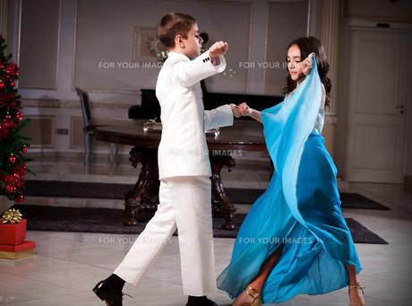 Let's dance!の写真素材 [FYI00637938]