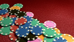 many of casino chips red tableの写真素材 [FYI00638061]