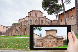 photo of ancient Basilica in Ravenna, Italyの写真素材 [FYI00638791]