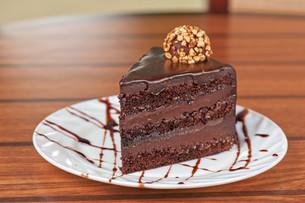 chocolate cake pieceの写真素材 [FYI00638983]