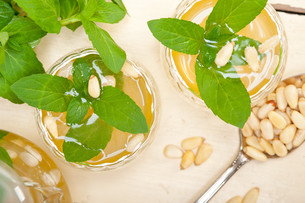 Arab traditional mint and pine nuts teaの素材 [FYI00639019]
