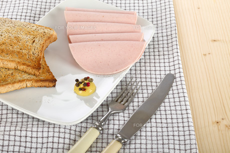 Sliced sausageの素材 [FYI00639102]