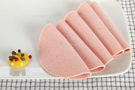 Sliced sausageの素材 [FYI00639104]