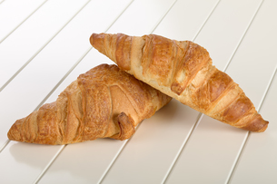 Sweet Croissant with chocolateの写真素材 [FYI00639111]