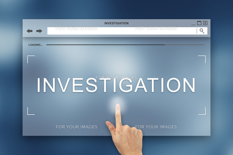 hand press on investigation button on websiteの写真素材 [FYI00640259]