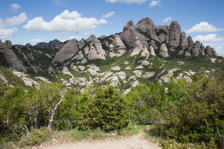 Montserrat Mountain in Spainの写真素材 [FYI00640496]