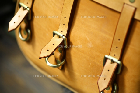 Vintage leather bagの写真素材 [FYI00640931]