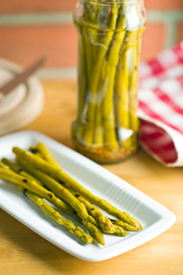 pickled asparagusの写真素材 [FYI00641031]