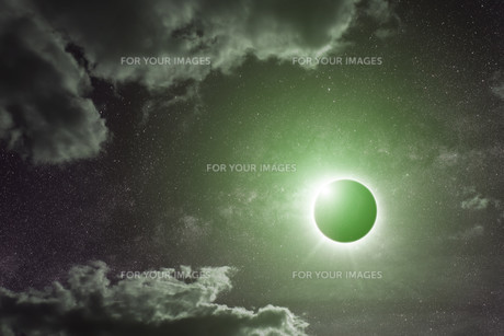 Eclipse on the planet Earthの写真素材 [FYI00641386]