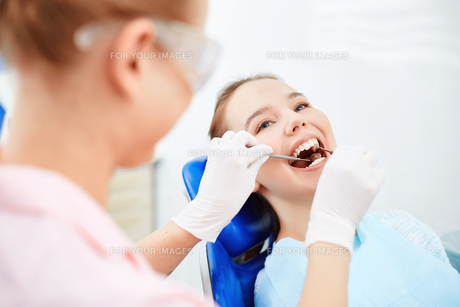 Visiting dentistの素材 [FYI00641640]