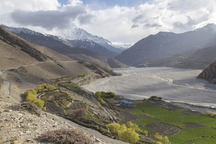 Kagbeni city in lower Mustang district, Nepalの写真素材 [FYI00643350]