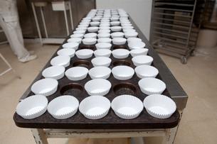 Empty baking cupsの写真素材 [FYI00643407]