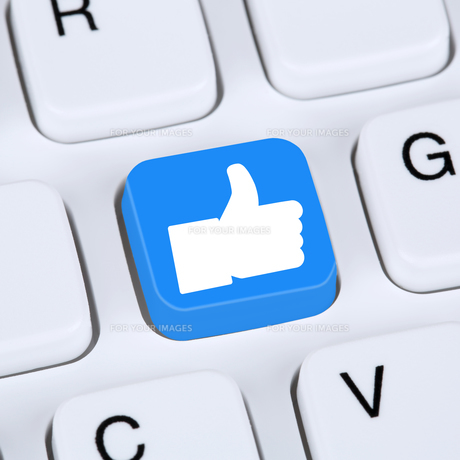 internet concept like button thumbs up social media and social networkの素材 [FYI00643529]
