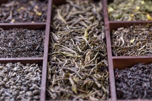 Dry tea leavesの写真素材 [FYI00644298]
