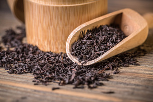 Dry tea leavesの写真素材 [FYI00644302]