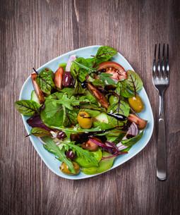 Mixed low calorie saladの写真素材 [FYI00644445]