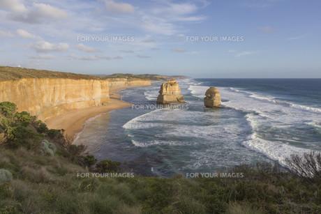 Twelve Apostles on Great Ocean Road, Australia.の素材 [FYI00644541]