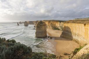 Twelve Apostles on Great Ocean Road, Australia.の素材 [FYI00644548]