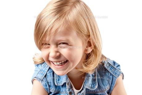 Cute happy girlの写真素材 [FYI00644571]