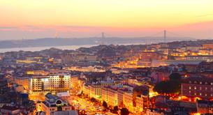 Lisbon wallpaperの写真素材 [FYI00645124]