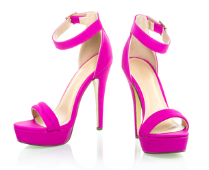 Fashionable High Heels Shoe in pink, XXXL imageの写真素材 [FYI00645213]