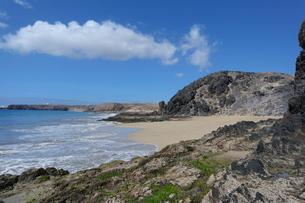 strand landschaft auf lanzaroteの写真素材 [FYI00645372]